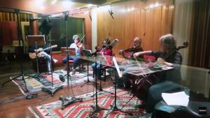 Os diversos instrumentos na gravação de Massarandupió